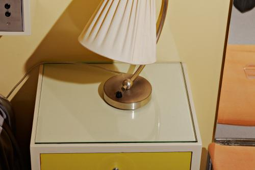 Bedside table. Photo Johannes Schwartz