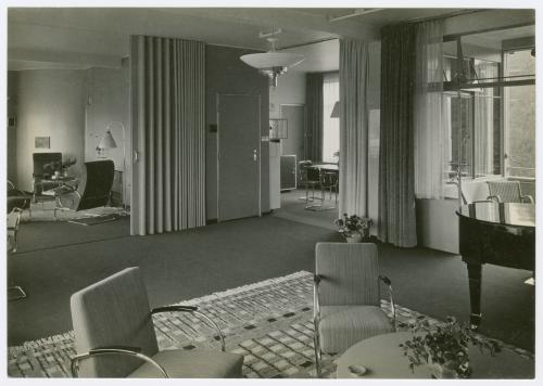 Sonneveld House interior, with the original Gispen chairs and table, 1933. Photos Piet Zwart. Collection Het Nieuwe Instituut, SONN 34-10 and SONN 34-14. Loan BIHS