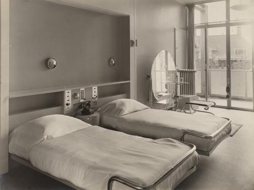 Brinkman en Van der Vlugt. Huis van der Leeuw. Collection Het Nieuwe Instituut, TENT o752